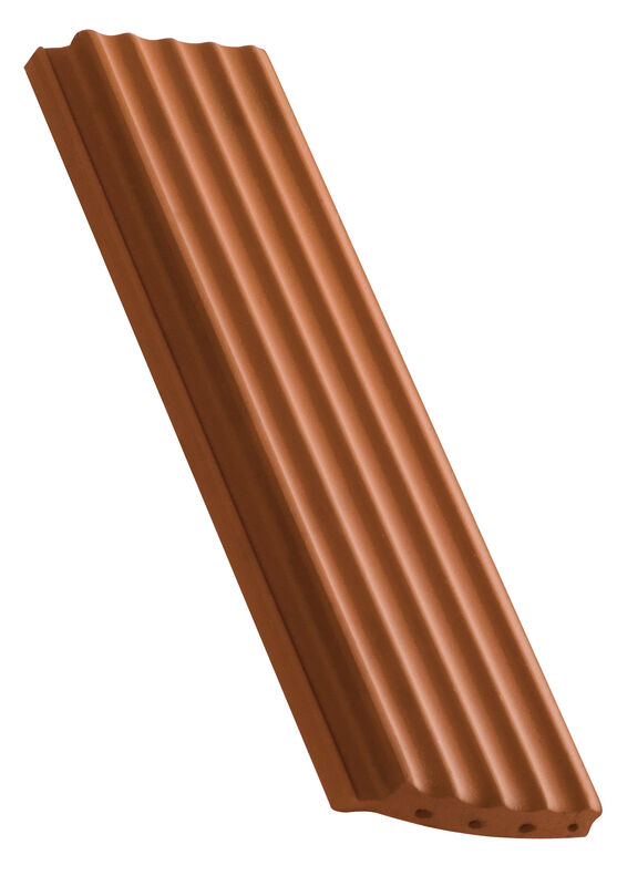 Side interlock tile, ridged surface segmentový tvar polovičná škridla